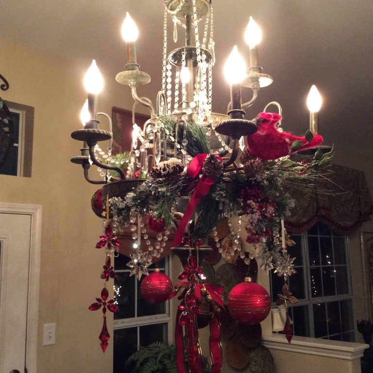 Fun-Christmas-chandelier-
