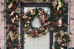 Traditional-Christmas-front-door